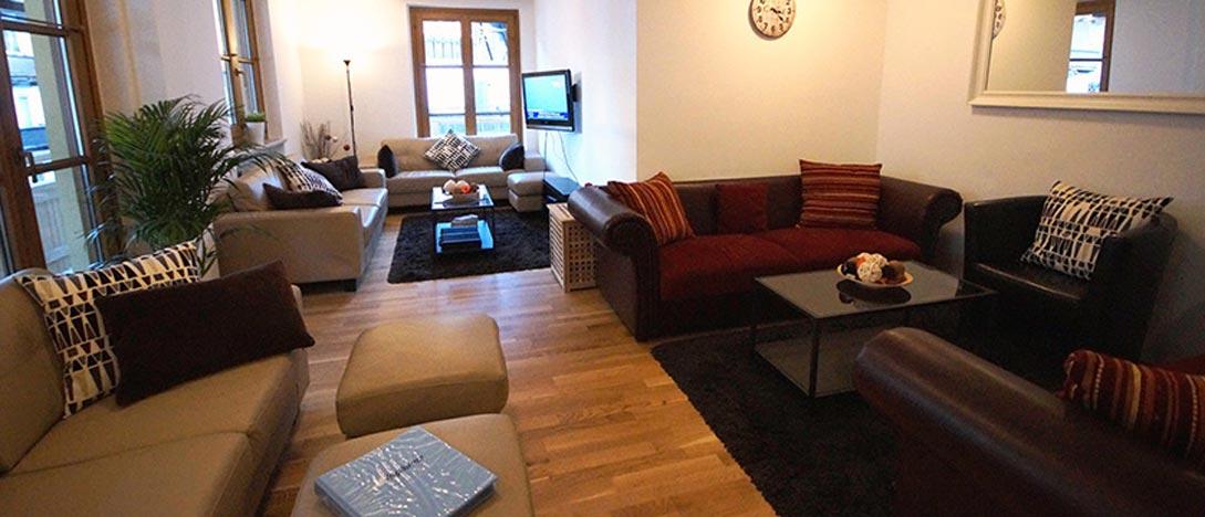 Chalet Tirol, Mayrhofen, Austria - lounge interior.jpg